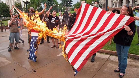 Antifa-Boston-flag-570